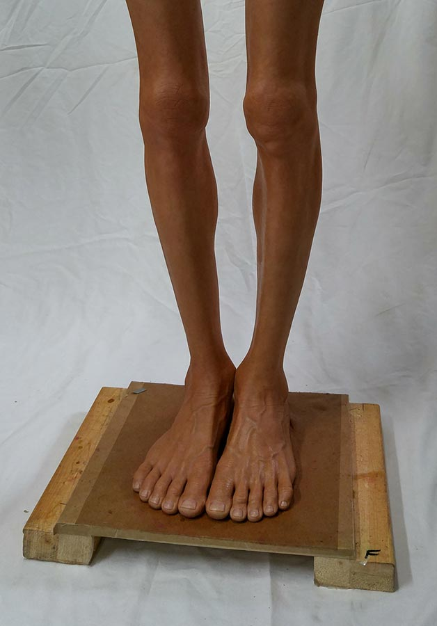 Painting legs and feet